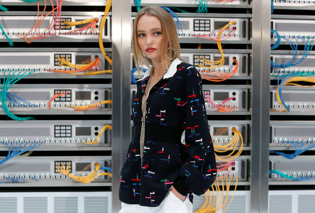 Actress Lily-Rose Depp poses during a photocall before the Spring/Summer 2017 women's ready-to-wear collection for fashion house Chanel during Fashion Week in Paris, France October 4, 2016. (Photo by Gonzalo Fuentes/Reuters)