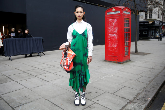 Model Ling Ling poses for a portrait during London Fashion Week in London, Britain February 21, 2017. (Photo by Neil Hall/Reuters)