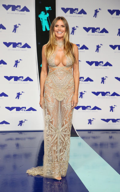 Heidi Klum poses in the press room at the MTV Video Music Awards at The Forum on Sunday, August 27, 2017, in Inglewood, Calif. (Photo by Danny Moloshok/Reuters)