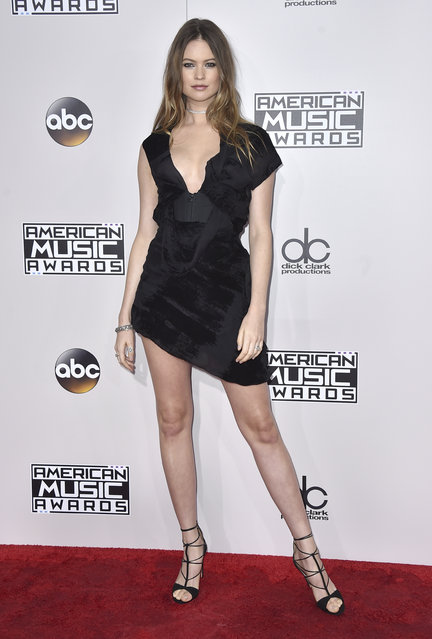 Behati Prinsloo arrives at the American Music Awards at the Microsoft Theater on Sunday, November 20, 2016, in Los Angeles. (Photo by Jordan Strauss/Invision/AP Photo)