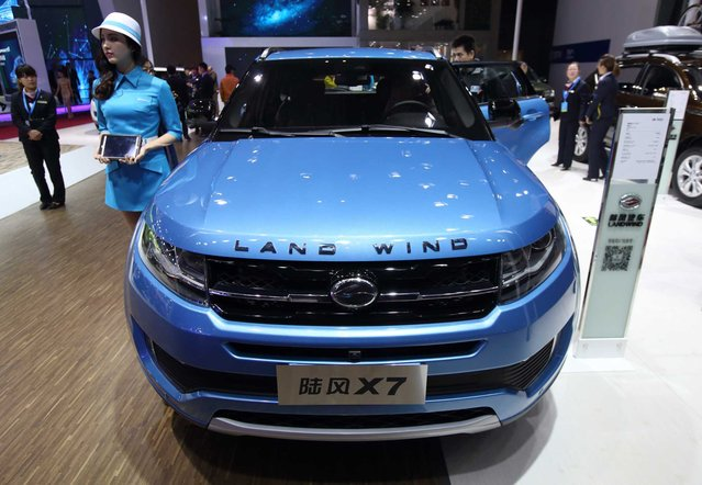 Jiangling Motor Co.'s Landwind X7 sports utility vehicle (SUV) is displayed at the 16th Shanghai International Automobile Industry Exhibition (Auto Shanghai 2015) in Shanghai, China, on Monday, April 20, 2015. (Photo by Tomohiro Ohsumi/Bloomberg)