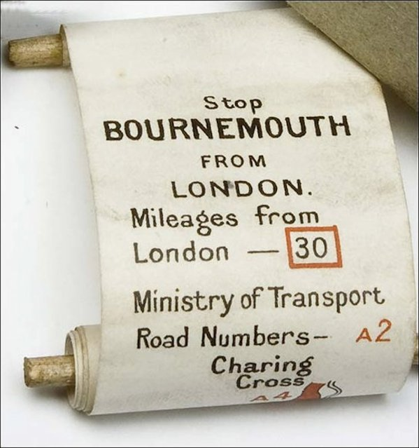 Plus Fours Routefinder - Worlds First Navigation System