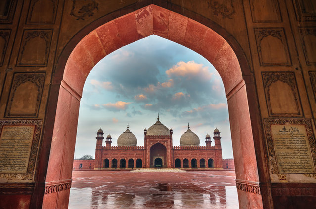 Shortlisted: Badshahi mosque, Lahore, Pakistan by Daniel Burton. (Photo by Daniel Burton/Historic Photographer of the Year Awards 2019/The Guardian)