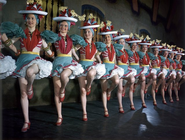Radio City Music Hall Rockettes perform after days of rehearsal and routine polished to perfection at the Radio City Music Hall in New York City on July 26, 1949. (Photo by Ivan Dmitri/Getty Images)