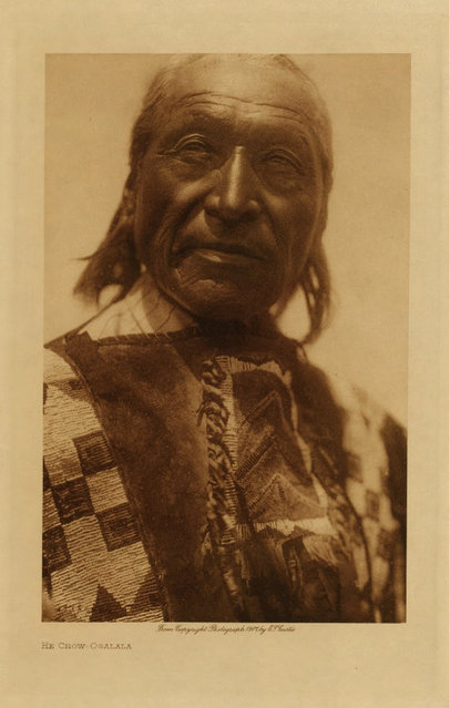 An Ogalala man in 1907. (Photo by Edward S. Curtis)