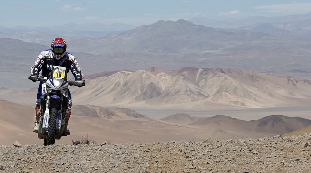 Yamaha rider Alessandro Botturi of Italy rides during the 4th stage of the Dakar Rally 2015, from Chilecito to Copiapo January 7, 2015. (Photo by Jean-Paul Pelissier/Reuters)
