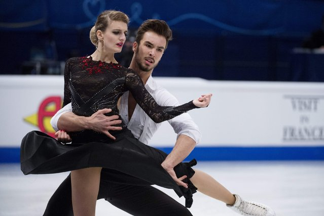 France's Gabriella Papadakis and Guillaume Cizeron perform during the pairs short dance program at the ISU European Figure Skating Championships in Stockholm January 28, 2015. (Photo by Jessica Gow/Reuters/TT News Agency)