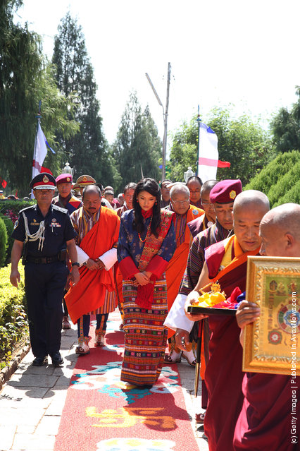 Royal Bride Jetsun Pema offers prayers at the Druk Wangyal Lhakhang in Dochula