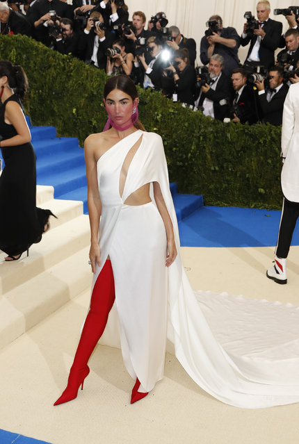 """Model Lily Aldridge attends """"Rei Kawakubo/Comme des Garcons: Art Of The In-Between"""" Costume Institute Gala – Arrivals at Metropolitan Museum of Art on May 1, 2017 in New York City. (Photo by Lucas Jackson/Reuters)"""