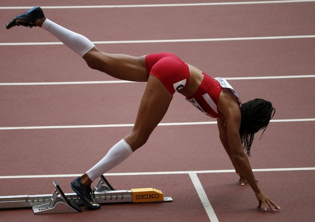 Allyson Felix of U.S. on the starting block before of the women's 400 metres heats during the 15th IAAF World Championships at the National Stadium in Beijing, China August 24, 2015. (Photo by David Gray/Reuters)