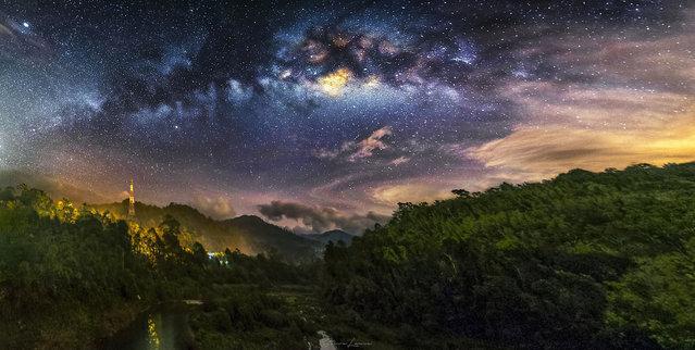 Some of steves other night sky photography - Kuala Kubu Bharu – Malaysia. (Photo by Steve Lance Lee/Caters News)