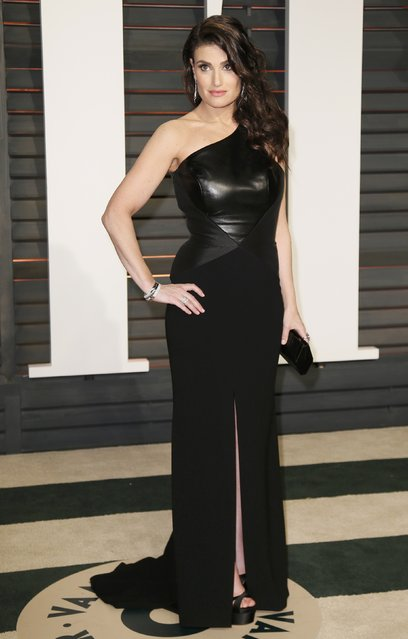 Singer Idina Menzel arrives at the 2015 Vanity Fair Oscar Party in Beverly Hills, California February 22, 2015. (Photo by Danny Moloshok/Reuters)