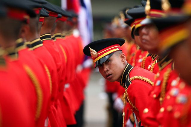 Honour guards prepare for the welcome ceremony of Cambodia's Army Chief Hun Manet at the Thai Army headquarters in Bangkok, Thailand, April 2, 2019. (Photo by Athit Perawongmetha/Reuters)