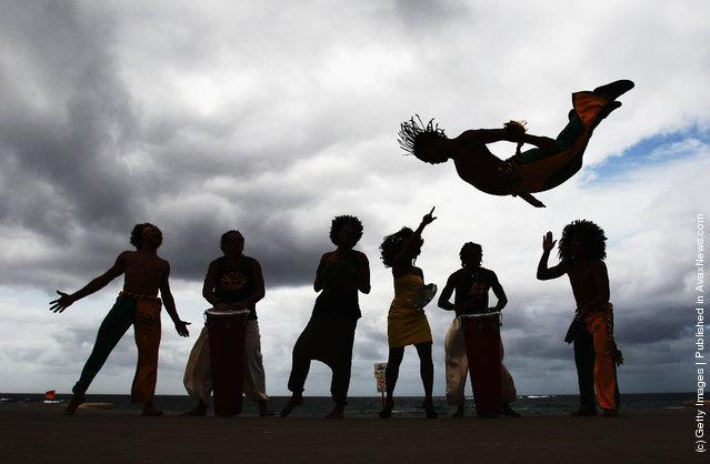 Warriors Of Brazil: Capoeira Spectacular
