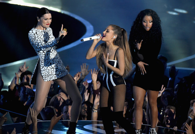(L-R) Recording artists Jessie J, Ariana Grande, and Nicki Minaj perform onstage during the 2014 MTV Video Music Awards at The Forum on August 24, 2014 in Inglewood, California. (Photo by Michael Buckner/Getty Images)