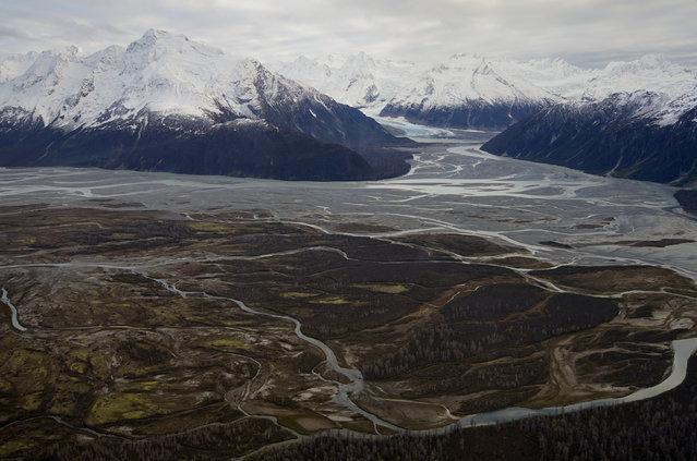 Tatshenshini-Alsek Park is seen during a flight over northwest British Columbia, October 7, 2014. (Photo by Bob Strong/Reuters)