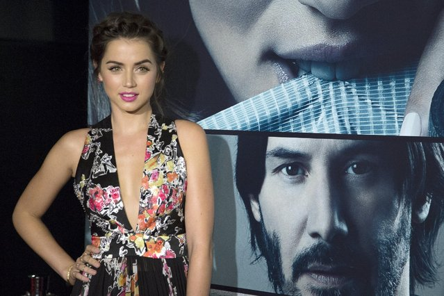 """Actress Ana de Armas arrives for the Los Angeles special screening of """"Knock Knock"""" in the Hollywood section of Los Angeles, California October 7, 2015. (Photo by David McNew/Reuters)"""
