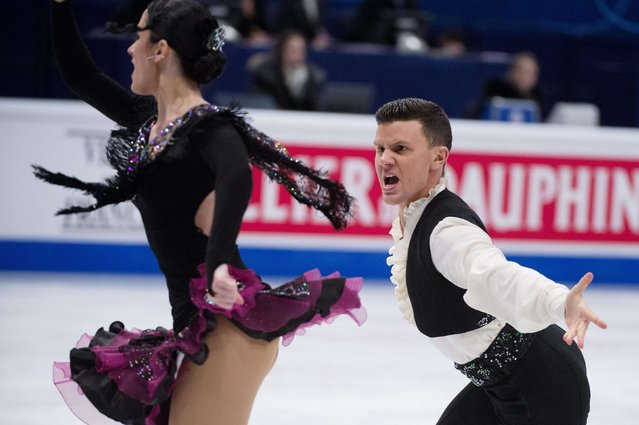 Italy's Charlene Guignard and Marco Fabbri perform during the pairs short dance program at the ISU European Figure Skating Championships in Stockholm January 28, 2015. (Photo by Jessica Gow/Reuters/TT News Agency)