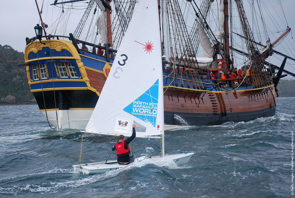 HMB Endeavour Sets Sail For Perth