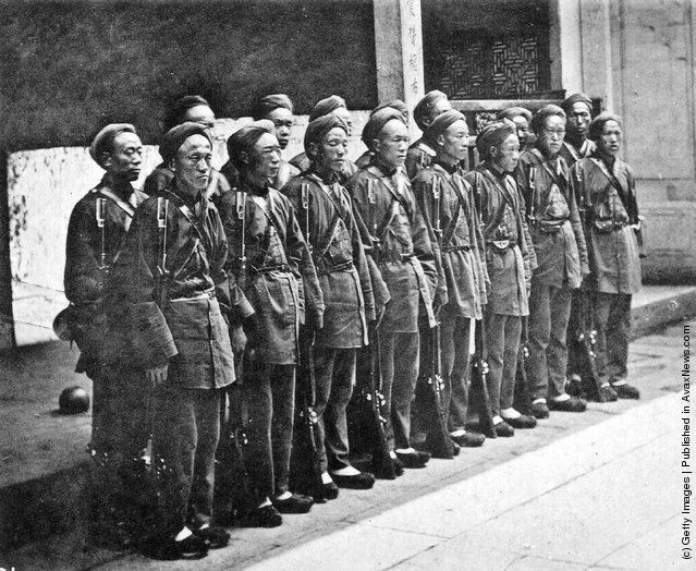 1900: A company of foreign trained and foreign equipped Chinese troops