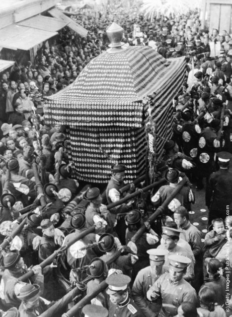 1908: The funeral procession of the Empress Dowager Tzu-Hsi or Cixi of China, widow of the last Manchu Emperor Xianfeng