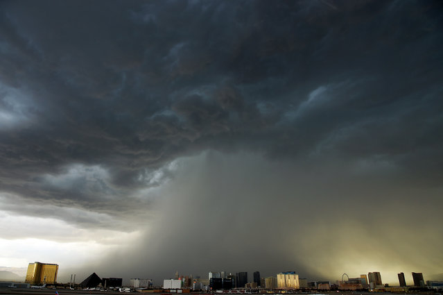 A thunderstorm is seen northwest of the Las Vegas Strip on July 6, 2015 in Las Vegas, Nevada. The monsoon storm dropped heavy rain and hail in parts of the valley causing street flooding and power outages. (Photo by Ethan Miller/Getty Images)