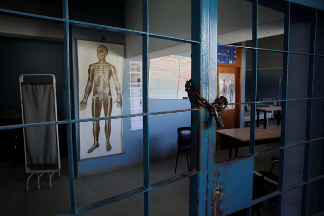 A consultation room remains locked at The Peace (La Paix) Hospital, which is one of the centers affected by a three-month-long strike by health workers demanding a pay rise and resources, in Port-au-Prince, Haiti, June 22, 2016. (Photo by Andres Martinez Casares/Reuters)