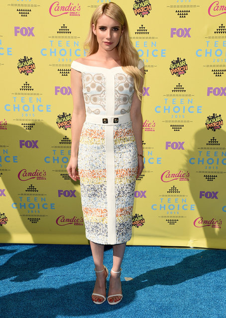 Actress Emma Roberts attends the Teen Choice Awards 2015 at the USC Galen Center on August 16, 2015 in Los Angeles, California. (Photo by Jason Merritt/Getty Images)