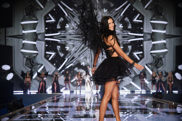 Victoria's Secret model Adriana Lima walks the runway during the 2014 Victoria's Secret Fashion Show at Earl's Court exhibition centre on December 2, 2014 in London, England. (Photo by Dimitrios Kambouris/Getty Images for Victoria's Secret)