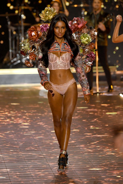 Jasmine Tookes walks the runway during the 2018 Victoria's Secret Fashion Show at Pier 94 on November 8, 2018 in New York City. (Photo by Kevin Mazur/WireImage)