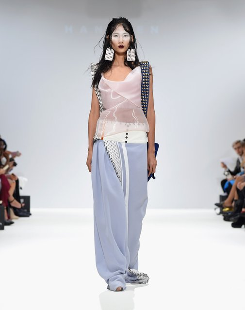 A model walks the runway at the Merit Award: Han Wen show at Fashion Scout during London Fashion Week Spring/Summer collections 2017 on September 17, 2016 in London, United Kingdom. (Photo by Tabatha Fireman/Getty Images)