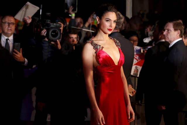 """Gal Gadot arrives for the European Premiere of """"Batman V Superman: Dawn of Justice"""" in Leicester Square in London, Britain, March 22, 2016. (Photo by Luke MacGregor/Reuters)"""