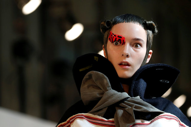 A model presents a creation by British designer John Galliano as part of his Haute Couture Fall/Winter 2016/2017 collection for Maison Margiela fashion house in Paris, France, July 6, 2016. (Photo by Benoit Tessier/Reuters)