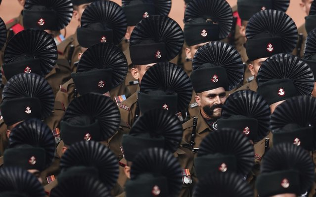 Indian Army soldiers march during the Republic Day parade in New Delhi January 26, 2014. (Photo by Adnan Abidi/Reuters)