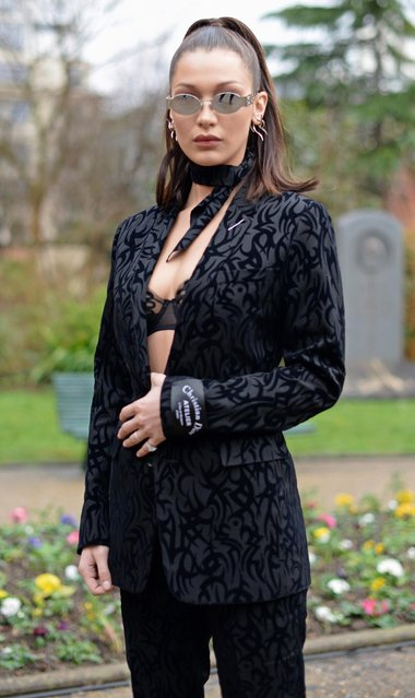 Bella Hadid attends the Dior Homme Menswear Fall/Winter 2018-2019 show as part of Paris Fashion Week on January 20, 2018 in Paris, France. (Photo by Vanni Bassetti/Getty Images for Dior Homme)