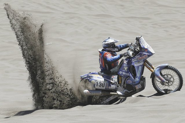 French Gilles Gard in action during the second stage of the Rally Dakar 2014 between the Argentinean localities of San Luis and San Rafael, 06 January 2014. Rally Dakar will run between 4 and 18 January across Argentina, Bolivia and Chile. (Photo by Felipe Trueba/EPA)