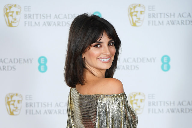 Penelope Cruz poses at the British Academy of Film and Television Awards (BAFTA) at the Royal Albert Hall in London, Britain, February 12, 2017. (Photo by Toby Melville/Reuters)