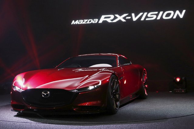 Mazda Motor Corp's RX-VISION car is revealed during a presentation at the 44th Tokyo Motor Show in Tokyo, Japan, October 28, 2015. (Photo by Yuya Shino/Reuters)