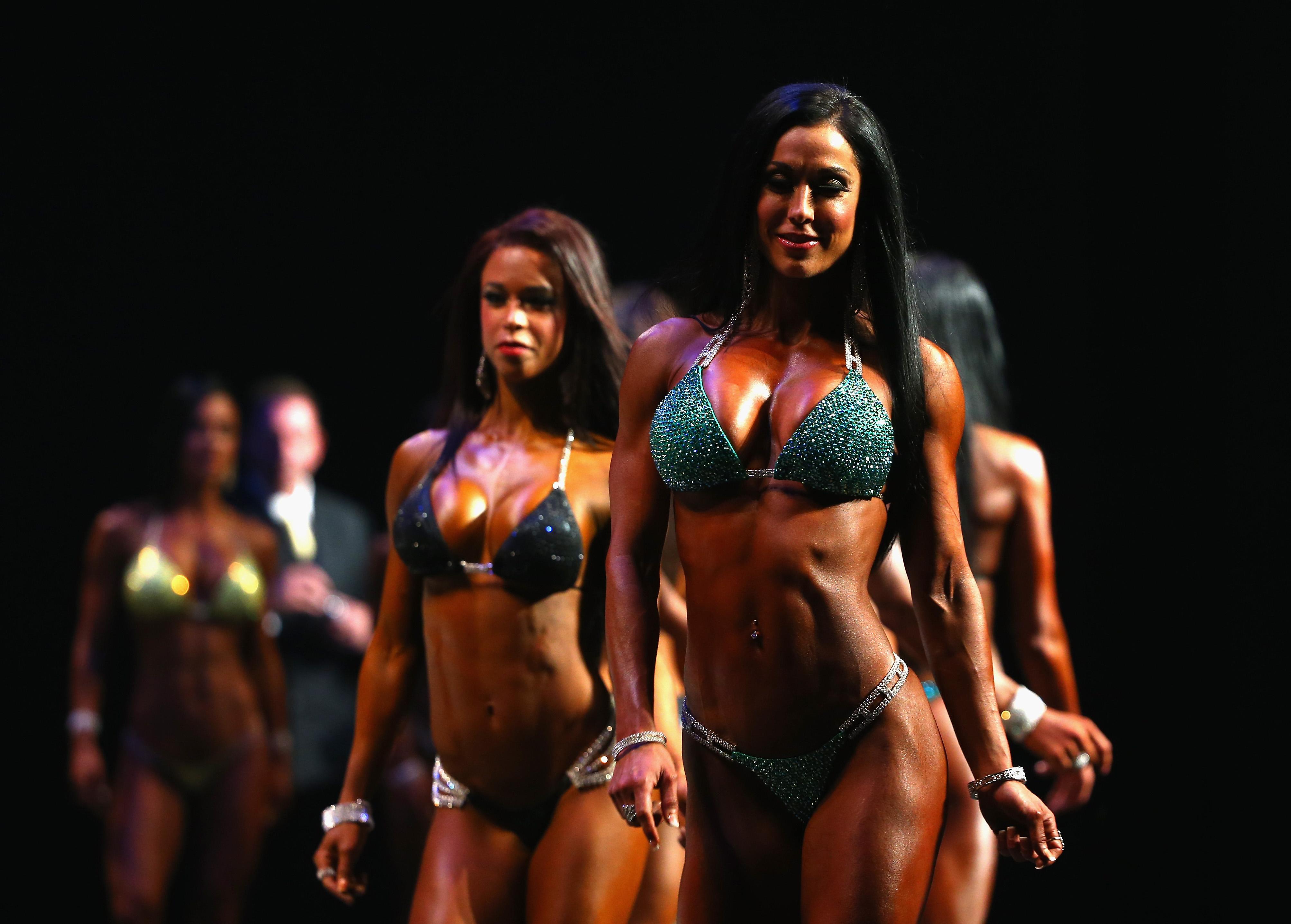 Arnold classic asia bikini pro qualifier