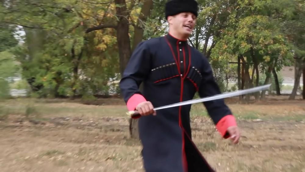 Clip of the Day: Кубанский казачий хор (Kuban Cossack choir) – Ойся ты ойся. Казачья лезгинка (Cossack lezginka)