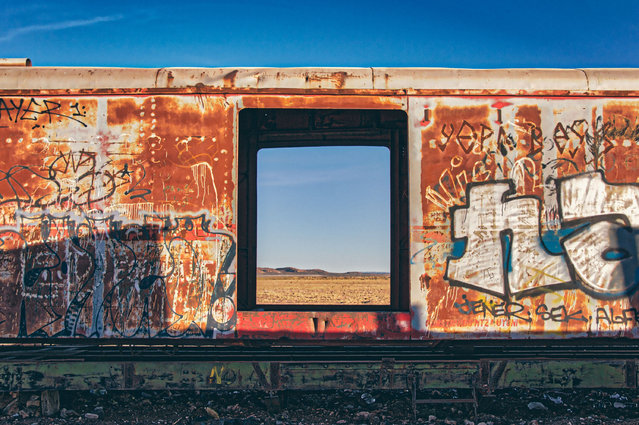Melbourne-based photographer Chris Staring captured a series of stunning photos of the train graveyard, known locally as the Cementer de Trenes. (Photo by Chris Staring/Rex Features/Shutterstock)