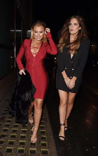 The UK reality TV mums Billie Faiers and Binky Felted out and about in London, England on November 7, 2017. (Photo by Flynet Pictures)