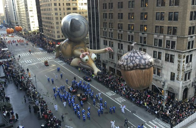 A float proceeds along 6th Ave during the 89th Macy's Thanksgiving Day Parade in the Manhattan borough of New York November 26, 2015. (Photo by Carlo Allegri/Reuters)