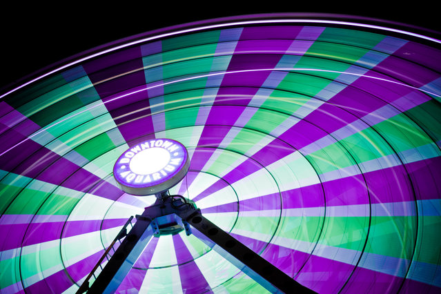 Long Exposure Photos Of Ferris Wheels