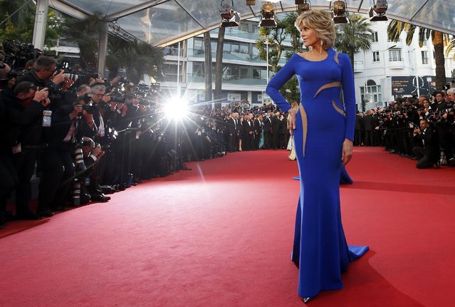"Actress Jane Fonda poses on the red carpet as she arrives for the screening of the film ""The Sea of Trees"" in competition at the 68th Cannes Film Festival in Cannes, southern France, May 16, 2015. (Photo by Eric Gaillard/Reuters)"
