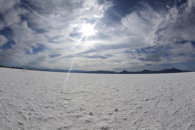 This Monday, July 20, 2015 photo shows the Bonneville Salt Flats in Utah. (Photo by Rick Bowmer/AP Photo)