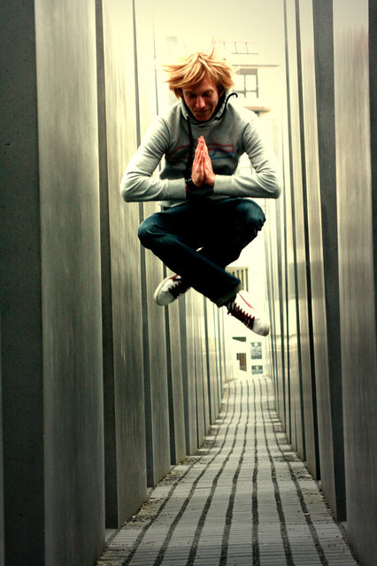 """Jumpology"". ""Sport is my meditation"". Berlin, Tiergarten. (Photo by Klein Geißlein)"