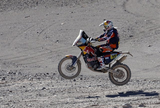 KTM rider Ruben Faria of Portugal rides during the fifth stage of the Dakar Rally 2015, from Copiapo to Antofagasta, January 8, 2015. (Photo by Jean-Paul Pelissier/Reuters)