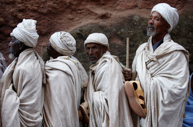Ethiopian Orthodox faithful arrive for a morning prayer at a rock hewn church ahead of Ethiopian Christmas in Lalibela, January 6, 2017, which is celebrated on January 7. (Photo by Tiksa Negeri/Reuters)