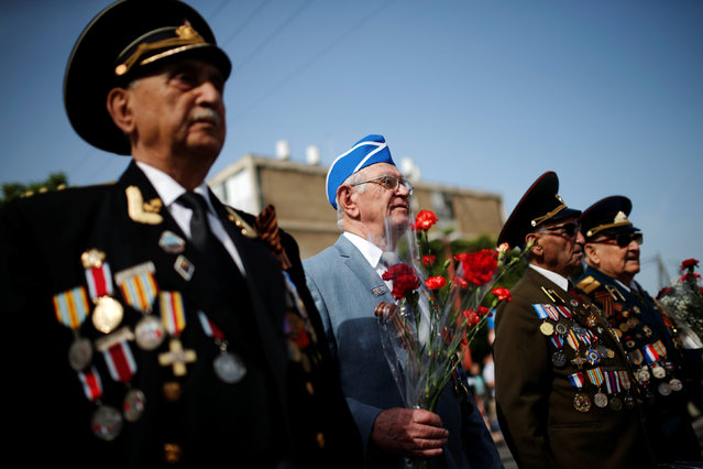 World War Two veterans take part in a march marking Victory Day, the anniversary of the victory of the Allies over Nazi Germany, in Ashdod, Israel, May 9, 2016. (Photo by Amir Cohen/Reuters)